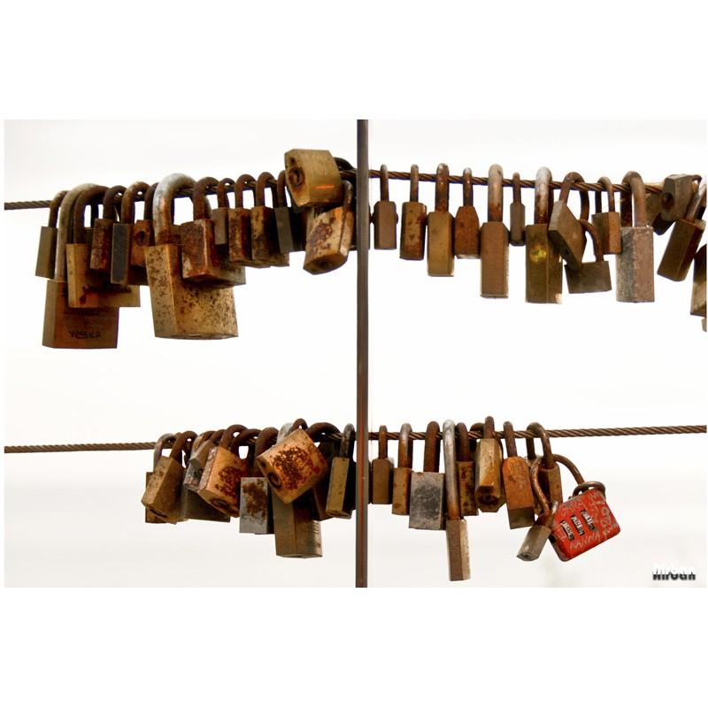 Lock (Airban)